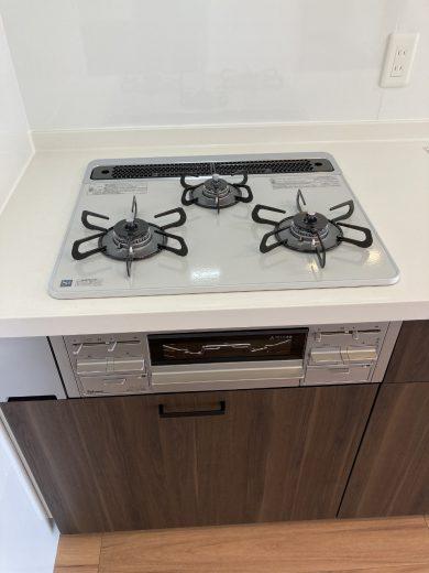 ガラストップ3口ガスコンロ(キッチン)